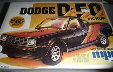 MPC DODGE D50 PICKUP TRUCK VINTAGE 1/25 MODEL CAR MOUNTAIN KIT 1980 fs