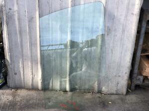 15 16 17 18 19 Ford Transit 150 250 350 Driver Left Front Window Glass OEM