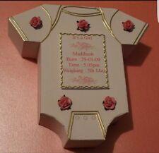 Chaleco de bebé 3D/plantilla de tarjeta de papel de regalo de recuerdo Onesie