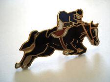 PINS RARE VINTAGE COURSE DE CHEVAL JOCKEY EQUITATION HORSE wxc 1