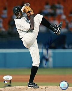 DONTRELLE WILLIS SINGLE SIGNED 8X10 PHOTO JSA COA AUTO AUTOGRAPH FLORIDA MARLINS