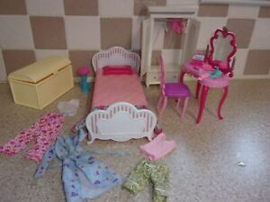 BARBIE BED & BEDROOM FURNITURE WITH ACCESSORIES