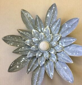 GRAY & GOLD TOUCH METAL & WOOD AMAZING FLOWER WALL  DECOR.