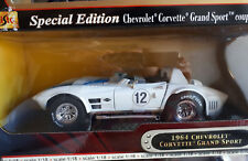Yat Ming 1964 Chevrolet Corvette Grand Sport blanc white Die Cast Metal 1/18