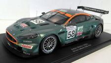 Voitures de courses miniatures AUTOart pour Aston Martin
