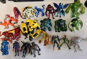 BEN 10 Ultimate Alien (Alien Force) - Lot of 21 Action Figures