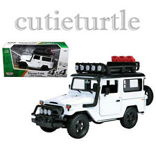 Motormax Toyota FJ 40 Land Cruiser 4x4 Off Road 1:24 Diecast 79137 White