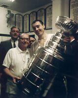 Frank Mahovlich Toronto Maple Leafs Unsigned 8x10 Photo (E)