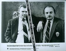 """DAVID CARUSO & DENNIS FRANZ ORIGINAL 1993 B&W 8x10 PRESS PHOTO """"NYPD BLUE"""""""