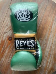 Cleto Reyes Boxing Gloves 14 oz Lace Limited Edition WBC Colorway