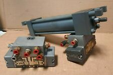 Miller Fluid Power 77 Hydraulic Cylinder 5 12 Stroke With 2 Air Valves S8c