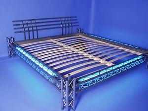 Neonbett Stahlbett Metallbett Mod. 4P-max KL 200x200 NEON blau