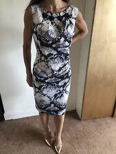 Karen Millen Negro y Blanco Serpiente Impresión Wiggle Vestido Talla 14