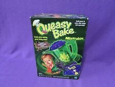 BRAND NEW 2002 HASBRO QUEASY BAKE / MIXERATOR SEWER SLUDGE SHAKE INCLUDED