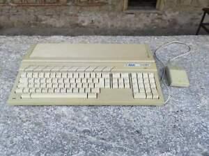 Atari 1040ST retro computer with original Atari mouse, retro Atari computer