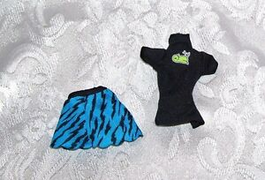 New MATTEL GENUINE MONSTER HIGH 2 PIECE GOTH DRESS CLOTHES FOR GIRL DOLLS