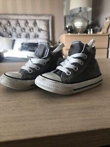 Boys Converse High Top Size 5 Infant