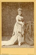 Dupont, Bruxelles, Femme en costume de théâtre avec couronne, ca.1870, Vintage a