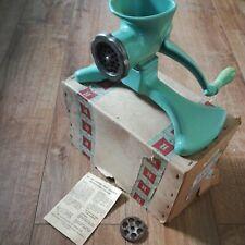 More details for vintage harper food mincer no 1500 original box green cast iron kitchenalia
