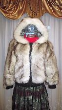 Fur coat with hood from arctic fox .Size S. natural color. Natural fur.