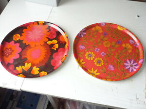 Pair Of Vintage 60's - 70's Thetford Round Serving Trays  Floral Funky Flowers