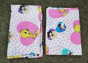 Vintage LOONEY TUNES 1994 Tweety Bugs Pink Hearts 2pc Twin Flat Sheets Fabric