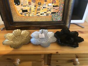AKCAM : 3 X Floral Artisan Handcrafted Plates (Unwanted Gift) Gold Silver Black