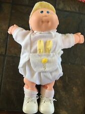 VINTAGE Cabbage Patch BABY w/ ORIGINAL Outfit blonde blue eyes Vtg 1985