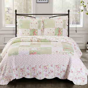 Upland Oversize Reversible Printed Quilt Coverlet Floral Patchwork Wrinkle Free
