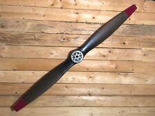Hélice d'avion en bois mat foncé  à pales 1 bande rouge et centre fer 186 cm