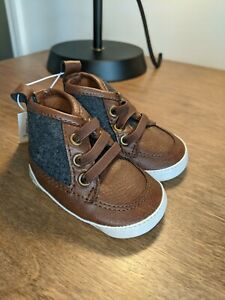 NEW Old Navy Infant Baby Boys 0-3 MONTHS Crib Shoes Size 1