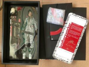 Hot Toys 1/6 Brothersworker BABY x FX Creation ! SIGNED & NUMBERED! RARE!