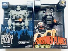 New Iron Giant & Forbidden Planet Robby The Robot Talking & Walking Goldlok 15�