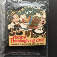 WDW - Turkey Hunt 2005 Mickey Mouse and Minnie Mouse LE 1000 Disney Pin 42642