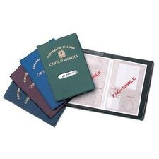 Porta carta d'identità realizzato con copertina in plastica ruvida