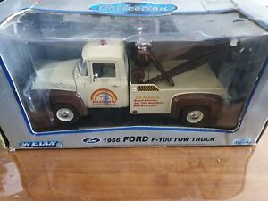 FORD F100 1956 TOWTRUCK MODEL NICE COLLECTORS MODEL 1:18 WITH STRAPS BOX DAMAGED