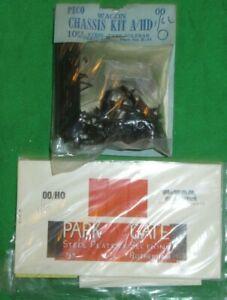 Vintage Peco OO gauge Wagon chassis kit + JNT Card Park Gate body kit unbuilt