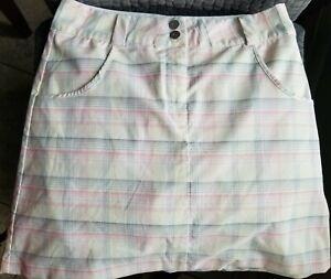 Nike dri fit golf Skirt /short White Pink Size 2
