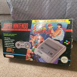 Super nintendo console Street Fighter Edition BOXED