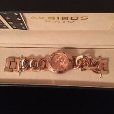 AKRIBOS WOMEN LADIES ROSE GOLD TONE WATCH IN BOX A BOLD STUNNING DESIGN