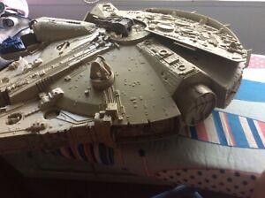 STAR WARS Millennium Falcon Spaceship Vintage Toy 1979 PRE-OWNED Kenner DIE CAST