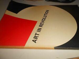 LIBRO : ART IN REVOLUTION - SOVIET ART AND DESIGN SINCE 1917-GALLERY OF ONTARIO