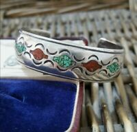 WILLIAM SINGER Vintage Native American Sterling Silver Bangle, Inlaid Turquoise