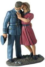 Britains World War 2 Allies 25025 British Raf Pilot Kissing Girl Goodbye Mib