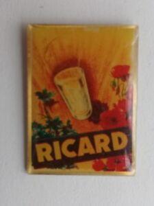 Pin's Boisson Affiche Publicitaire  RICARD