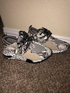 NEW Steve Madden Cliff Natural Snake Sneakers Size 8.5