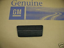 75 76 77 CHEVROLET CHEVELLE MALIBU / MONTE CARLO NEW GM BRAKE PEDAL RUBBER COVER