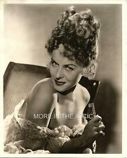 SEXY INVITING STRAPLESS PAULETTE GODDARD ORIG VINTAGE HOLLYWOOD GLAMOUR PORTRAIT