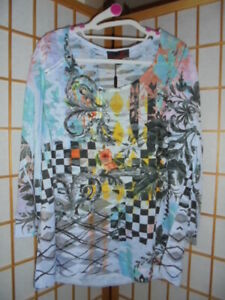NWT ❤SEVEN SISTERS❤ MULTI COLOURED TOP FEATURING BURNOUT FABRIC SZ 6 FITS SZ18