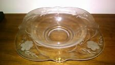 OYSTER AND PEARL DEPRESSION GLASS BOWL WITH FLOWER ETCHING ESTATE~~~